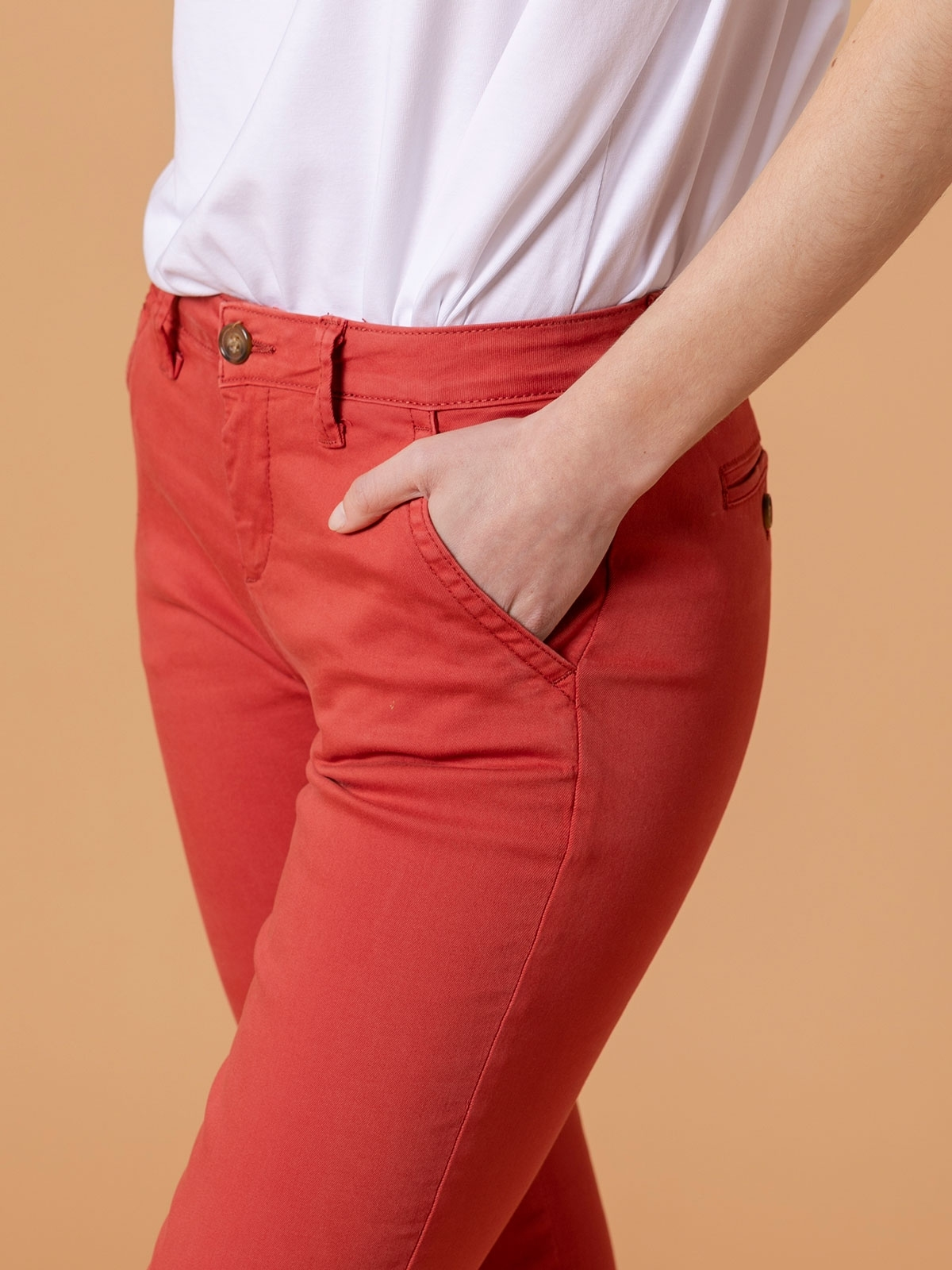 Pantalón chino mujer algodón elastico Teja