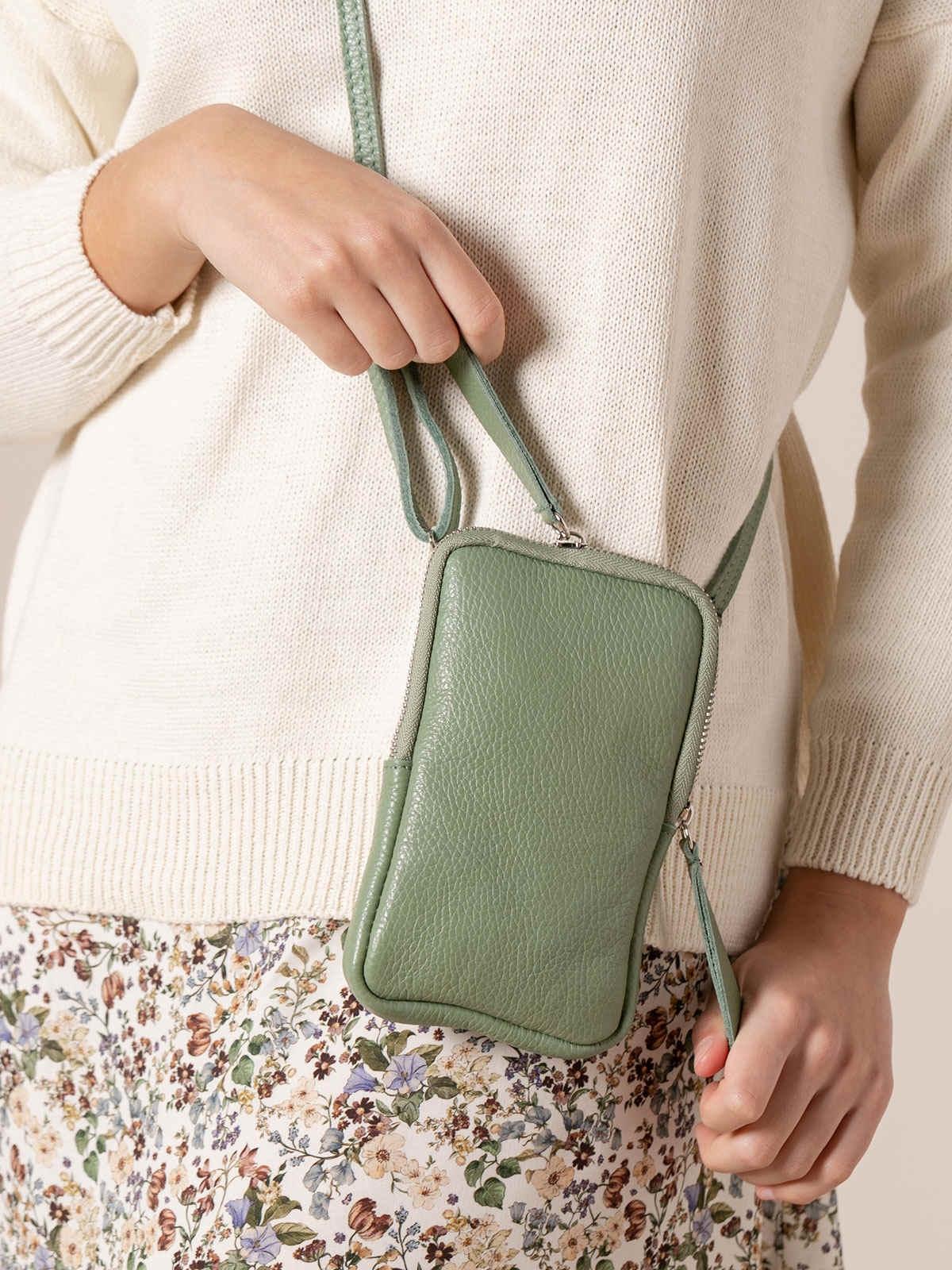 Woman Walk leather bag Green