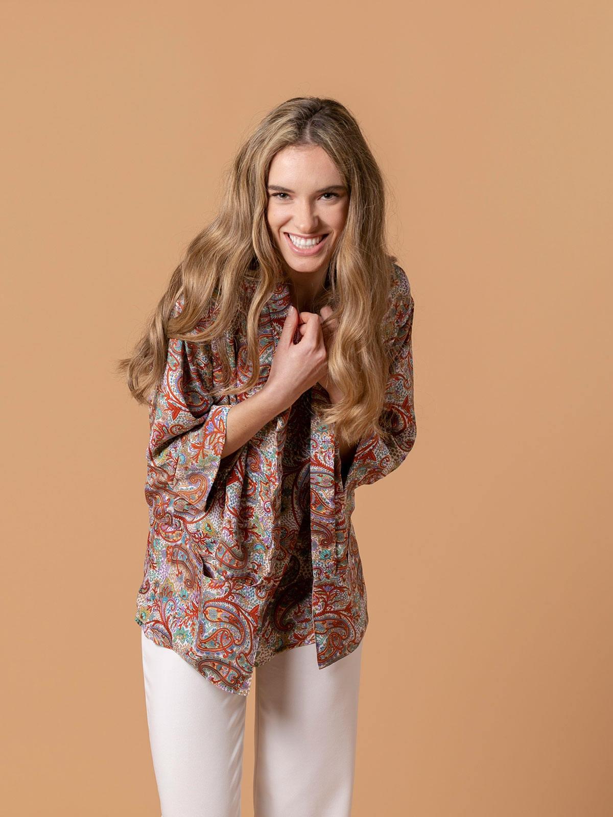 Woman Flowy printed jacket Multicolor