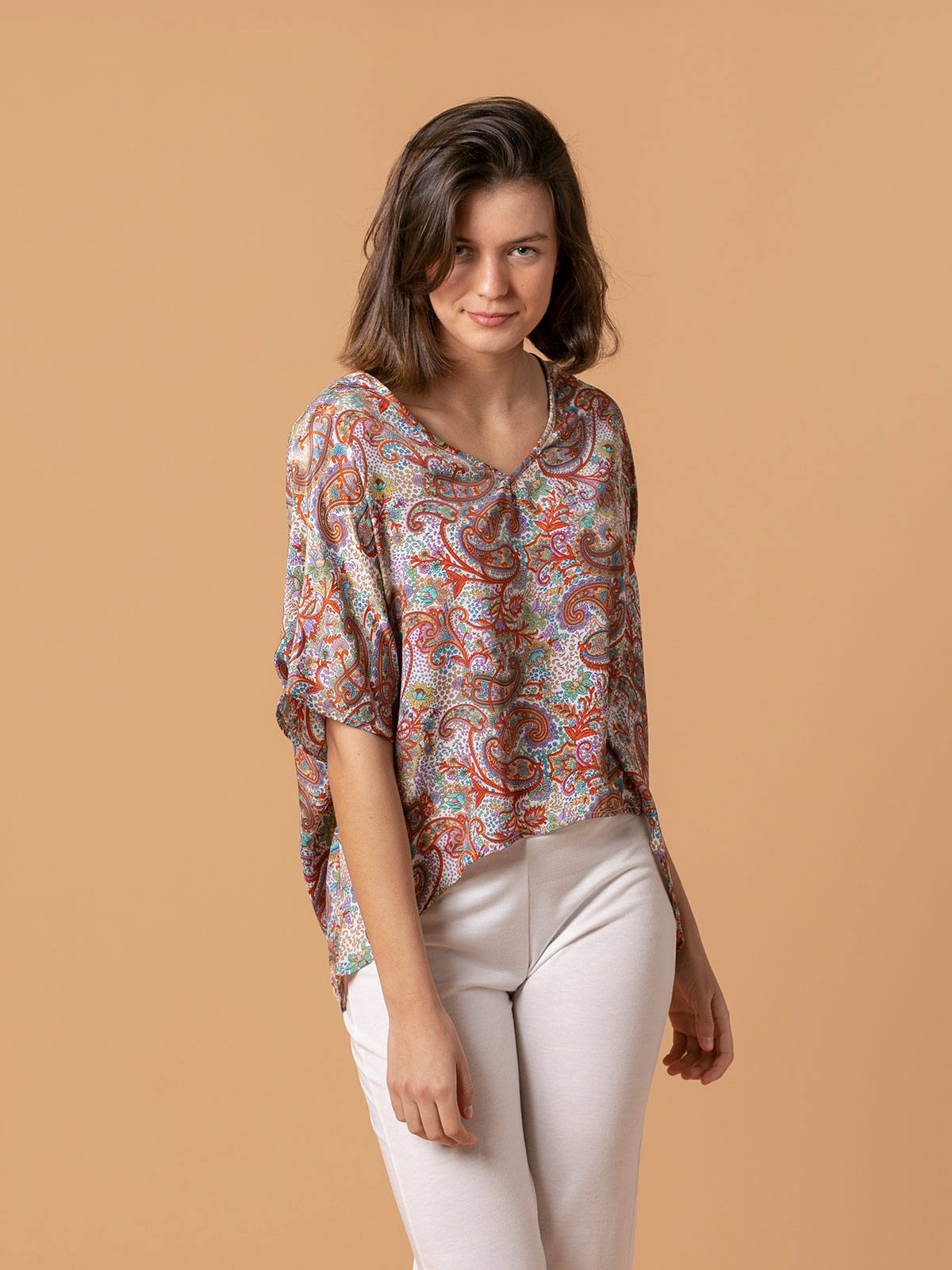 Woman Flowy printed blouse Multicolor