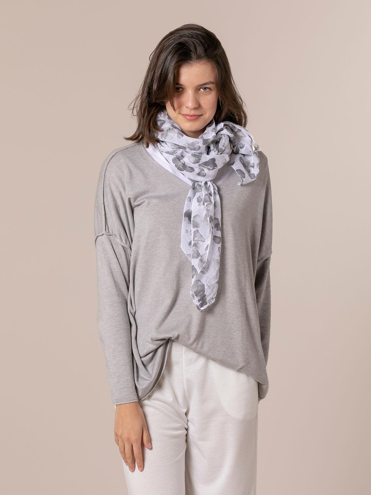 Woman Animal print cotton scarf Grey