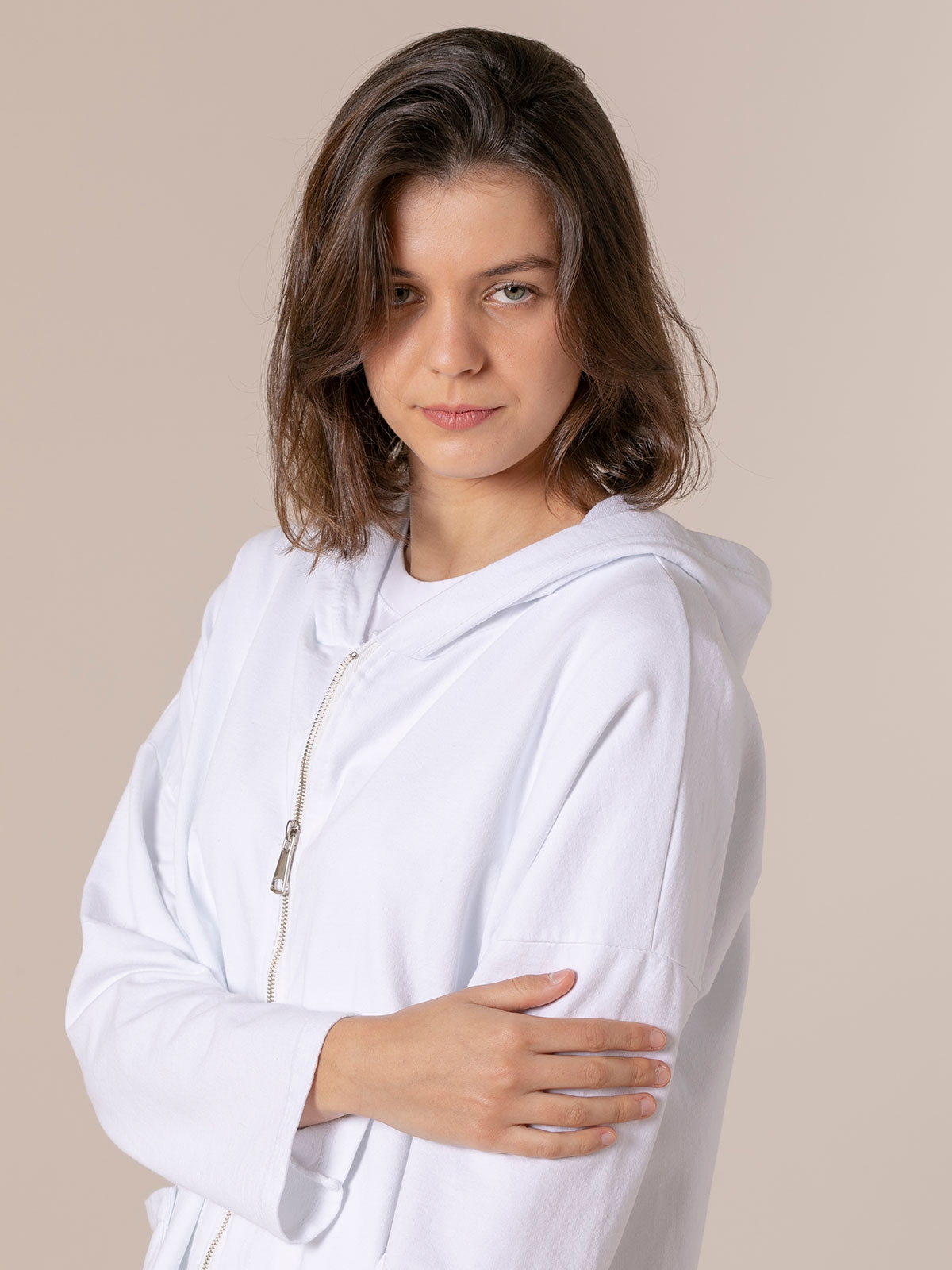 Woman Zip-up sweatshirt with pockets White
