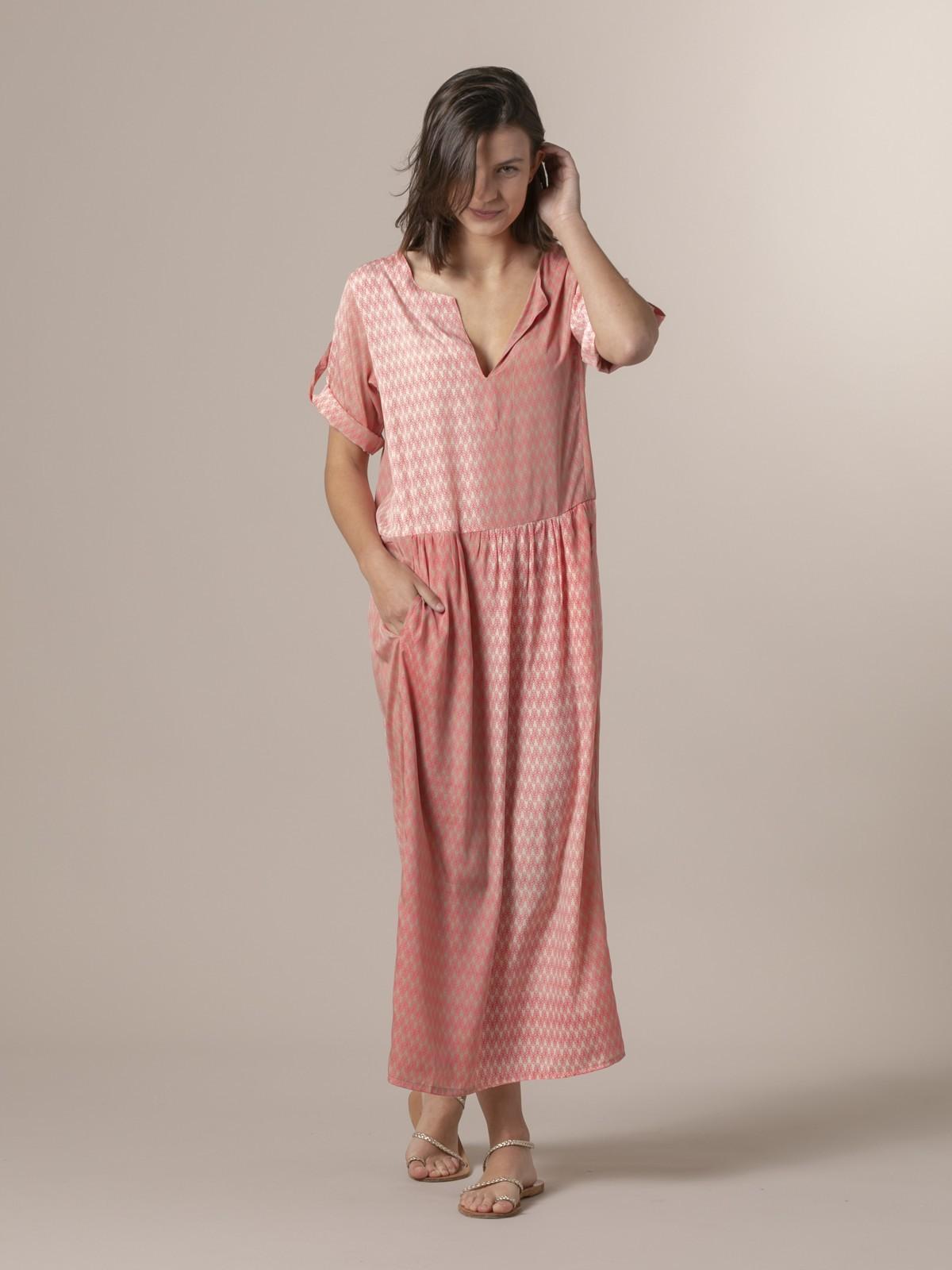 Woman Woman Long flowing dress Pinks