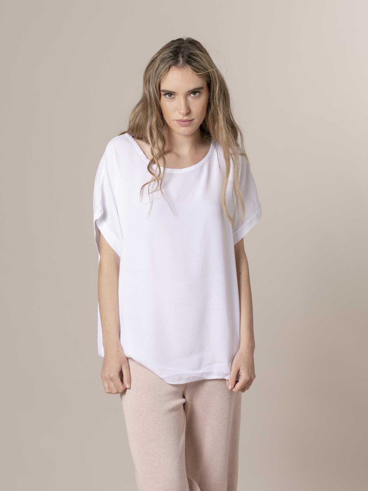 Woman Woman Short sleeve blouse White