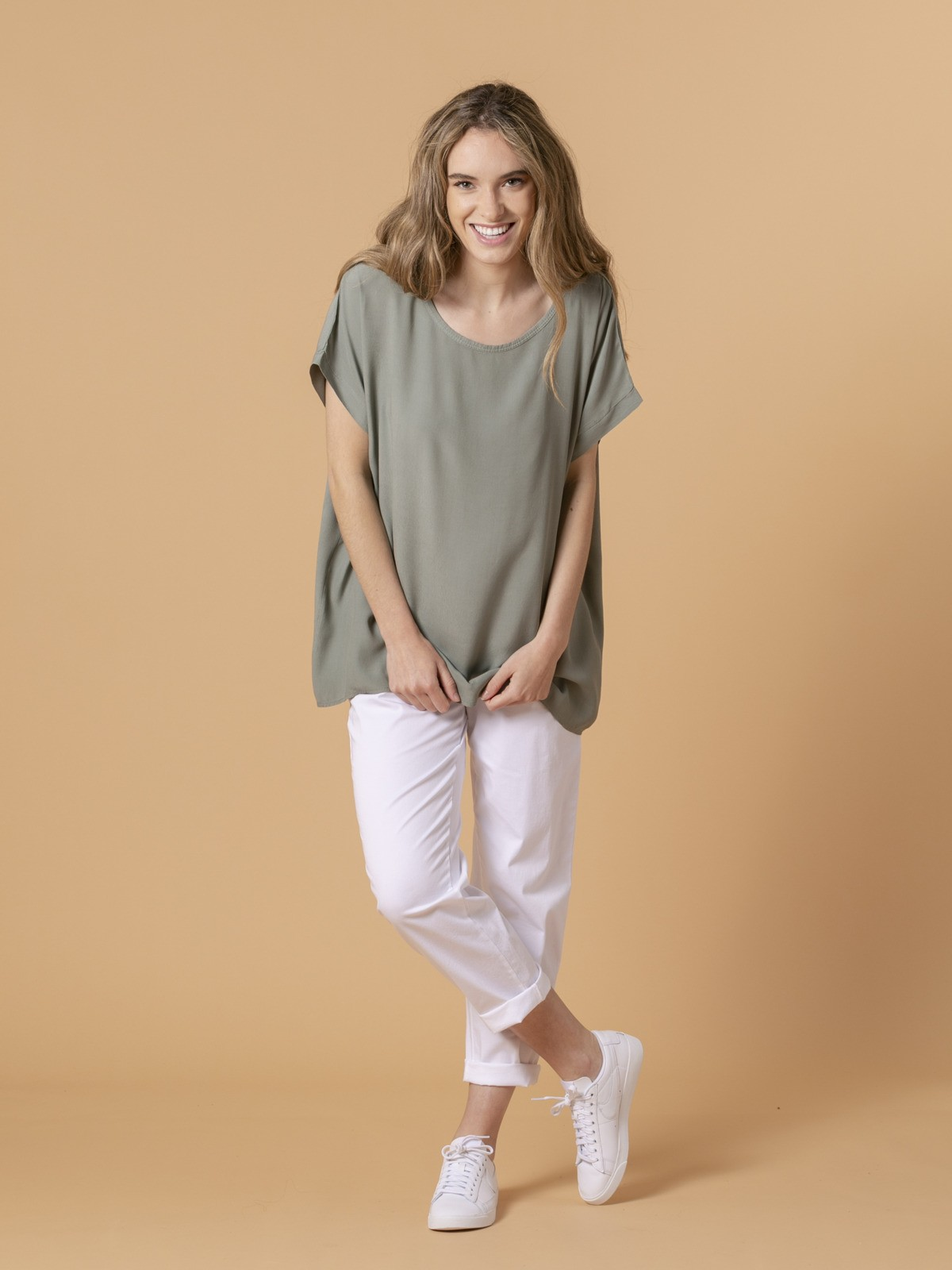 Woman Woman Short sleeve blouse Khaki