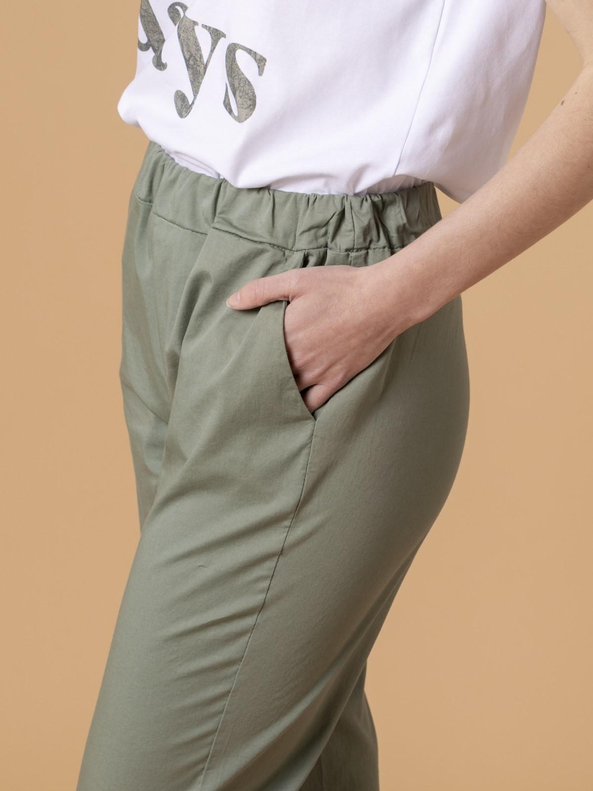 Pantalón mujer sport ligero Caqui