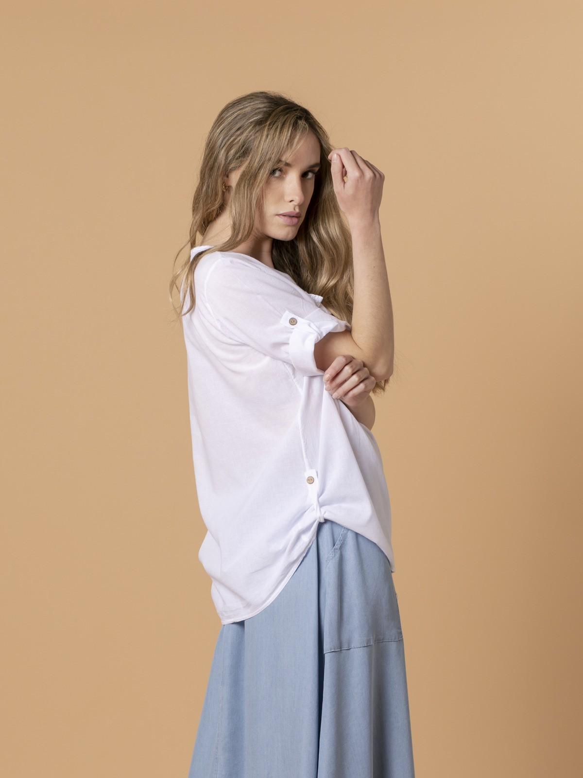Woman Woman Buttoned blouse White