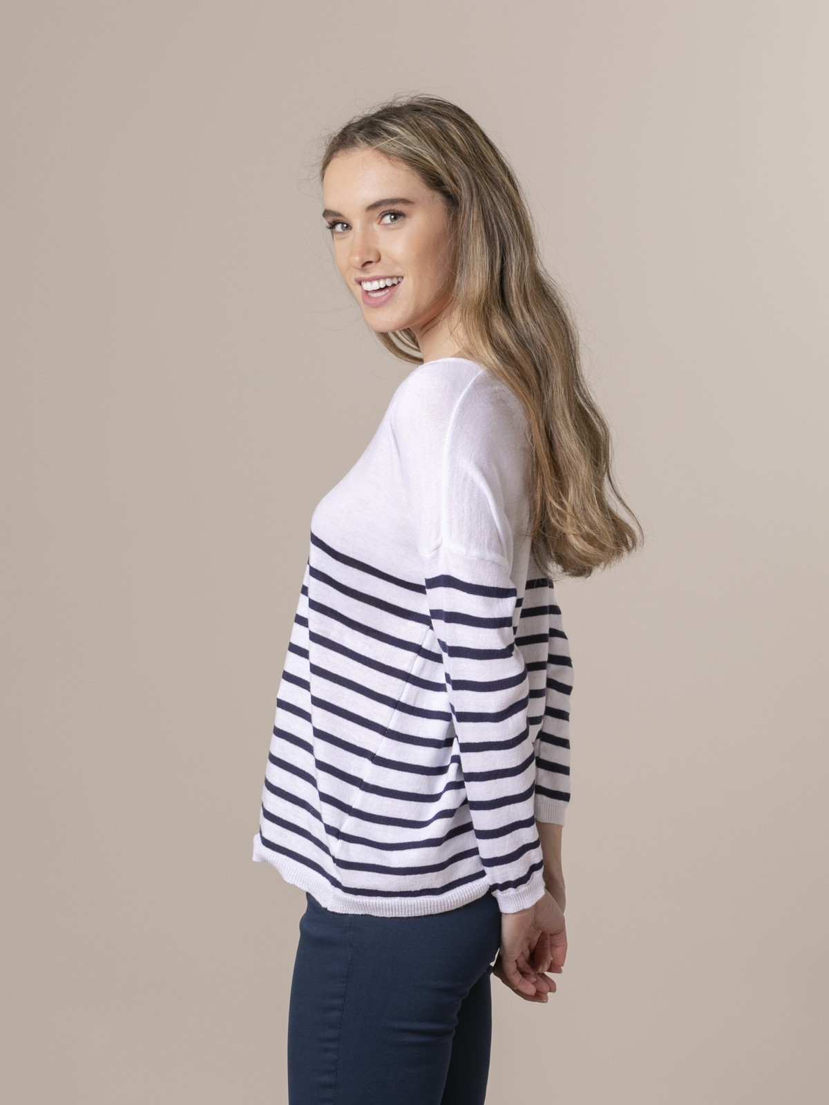 Woman Woman Striped fine knit sweater at hem Blue Navy