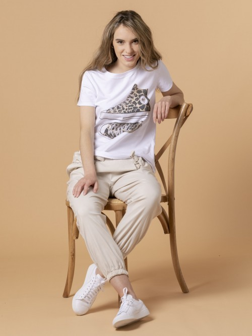 Woman Woman Animal print slippers t-shirt Beige