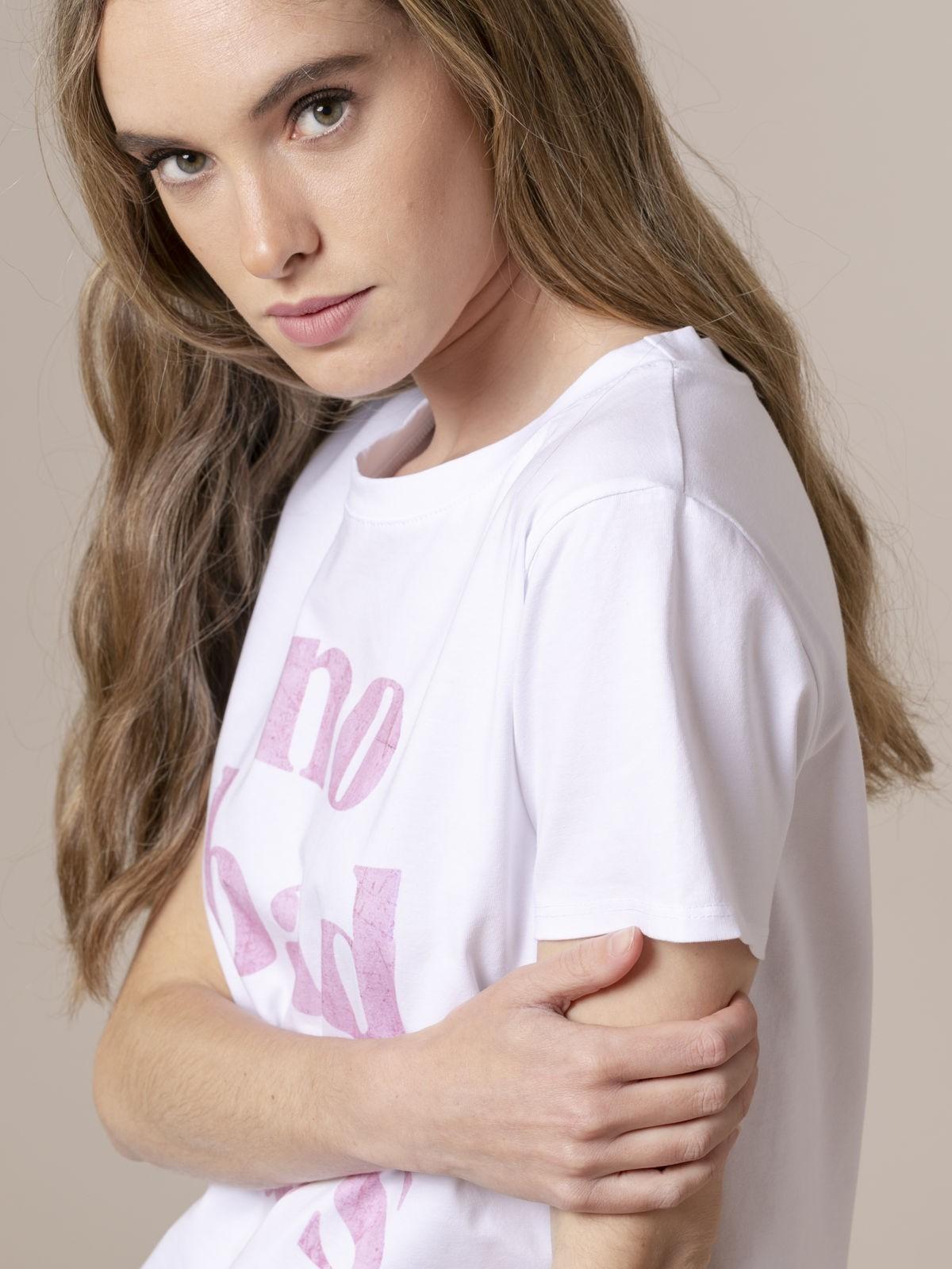 Woman Woman No bad day message t-shirt Pink