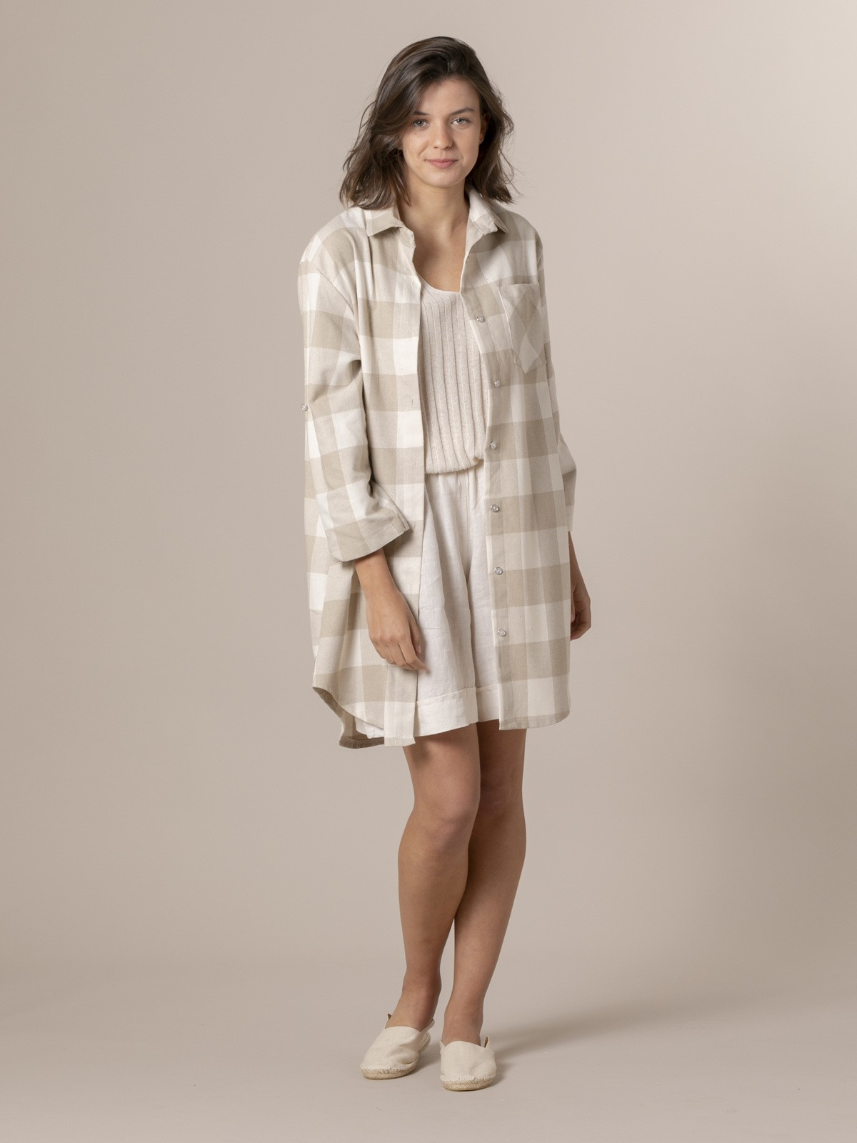 Woman Woman Plaid ecru background shirt Beige