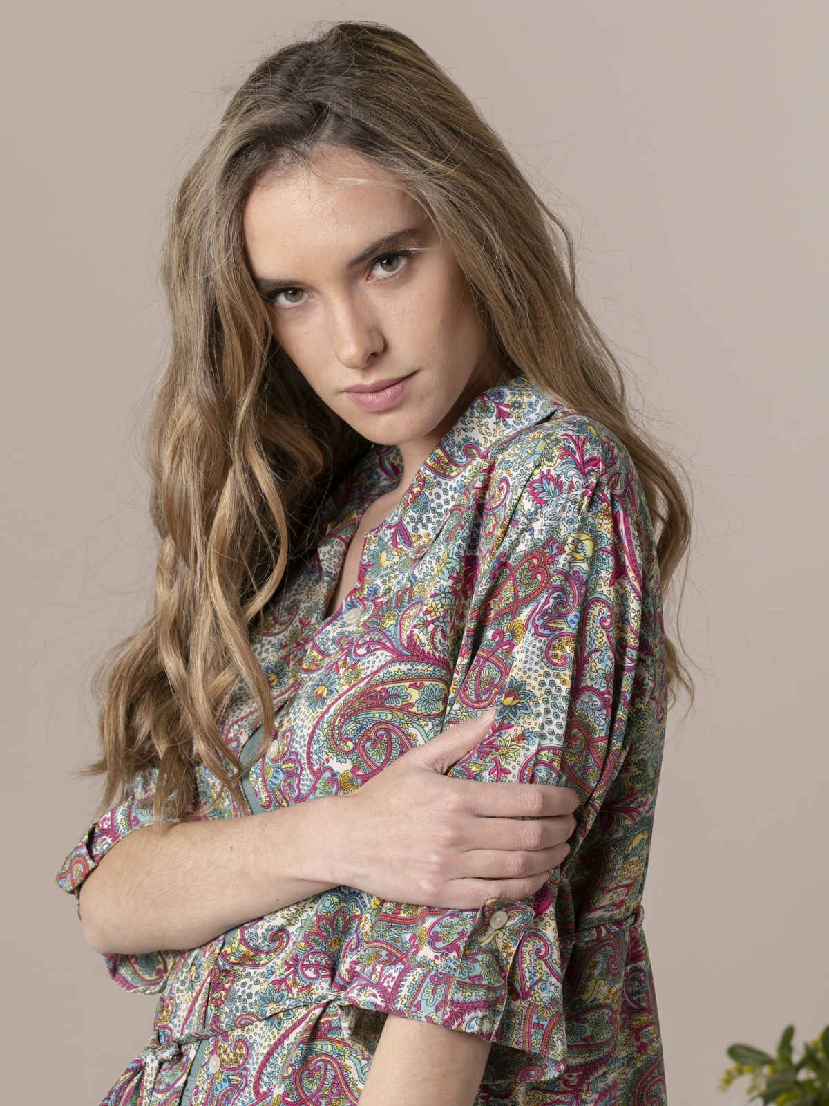 Woman Woman Flowy printed shirt with buttons Multicolor