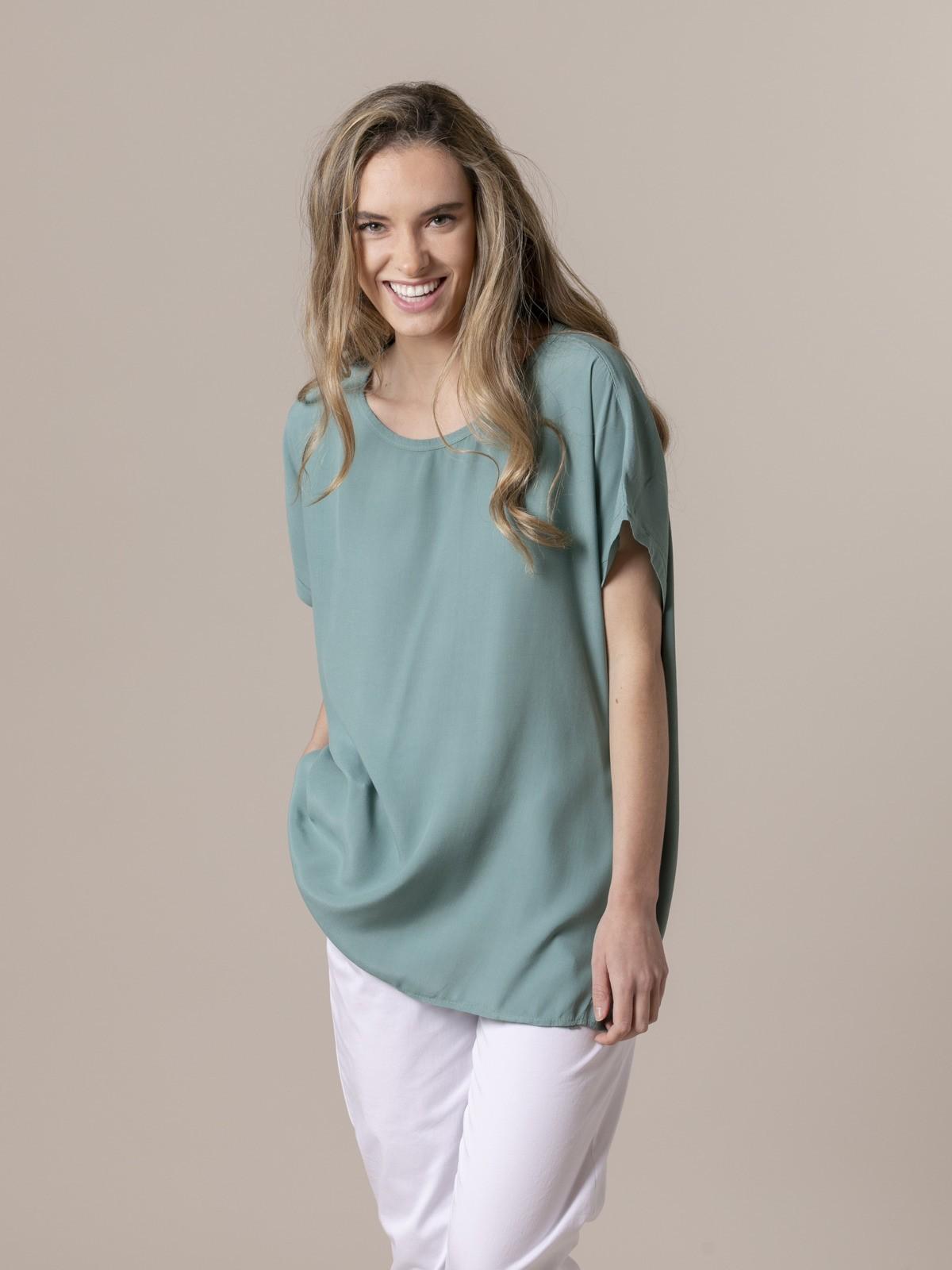 Woman Woman Short sleeve blouse Green
