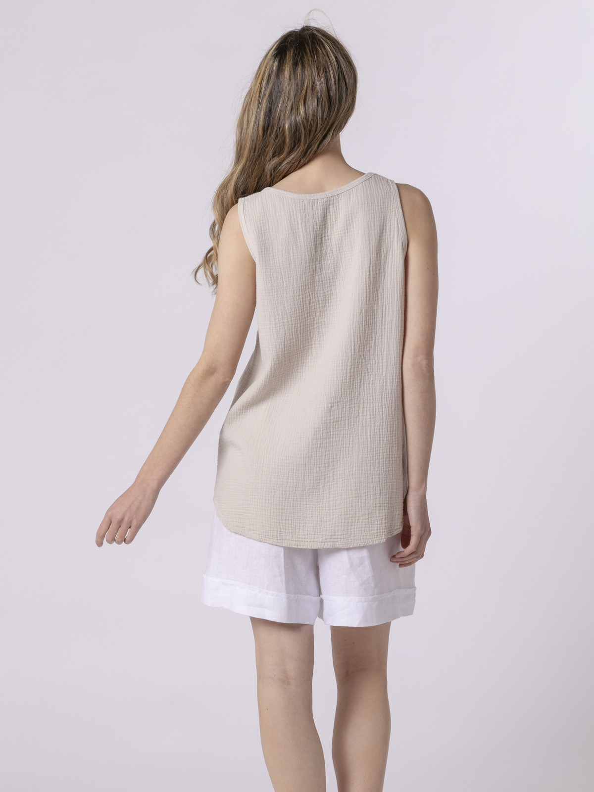 Woman Woman Crinkled cotton top Beige