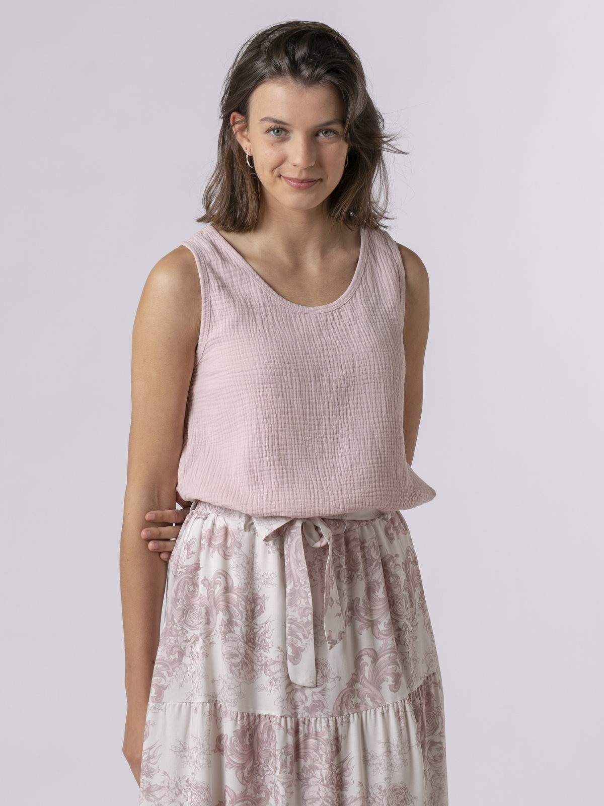Woman Woman Crinkled cotton top Pink