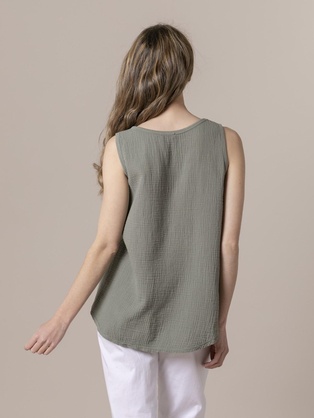 Woman Woman Crinkled cotton top Khaki