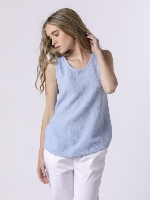 Woman Woman Crinkled cotton top Blue Claro