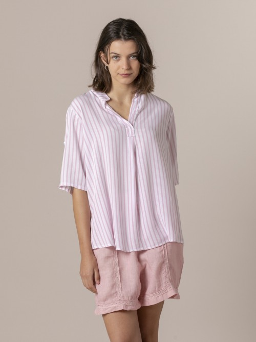 Woman Woman Striped blouse with mandarin collar Pink