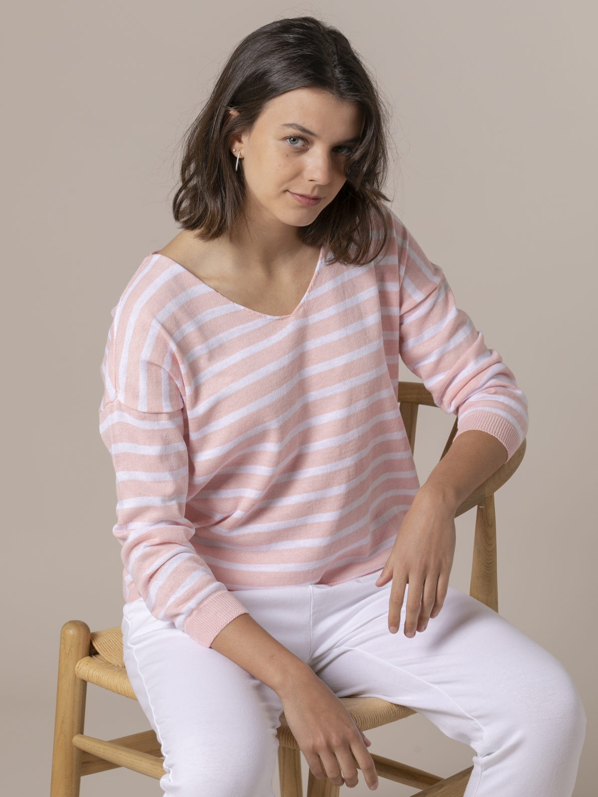 Woman Woman Striped fine knit sweater Pink