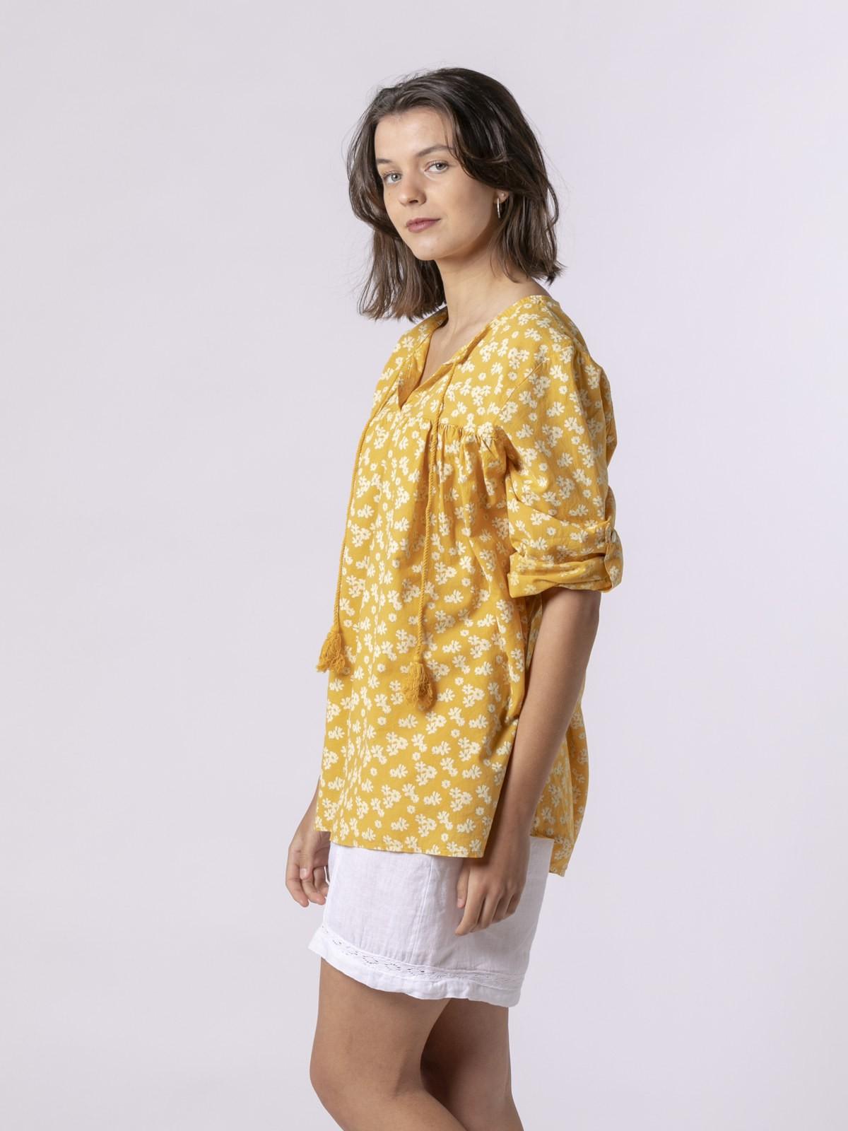 Blusa estampada cordón Amarillo