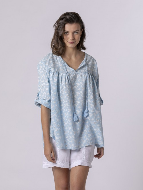 Woman Woman Printed lace blouse Blue