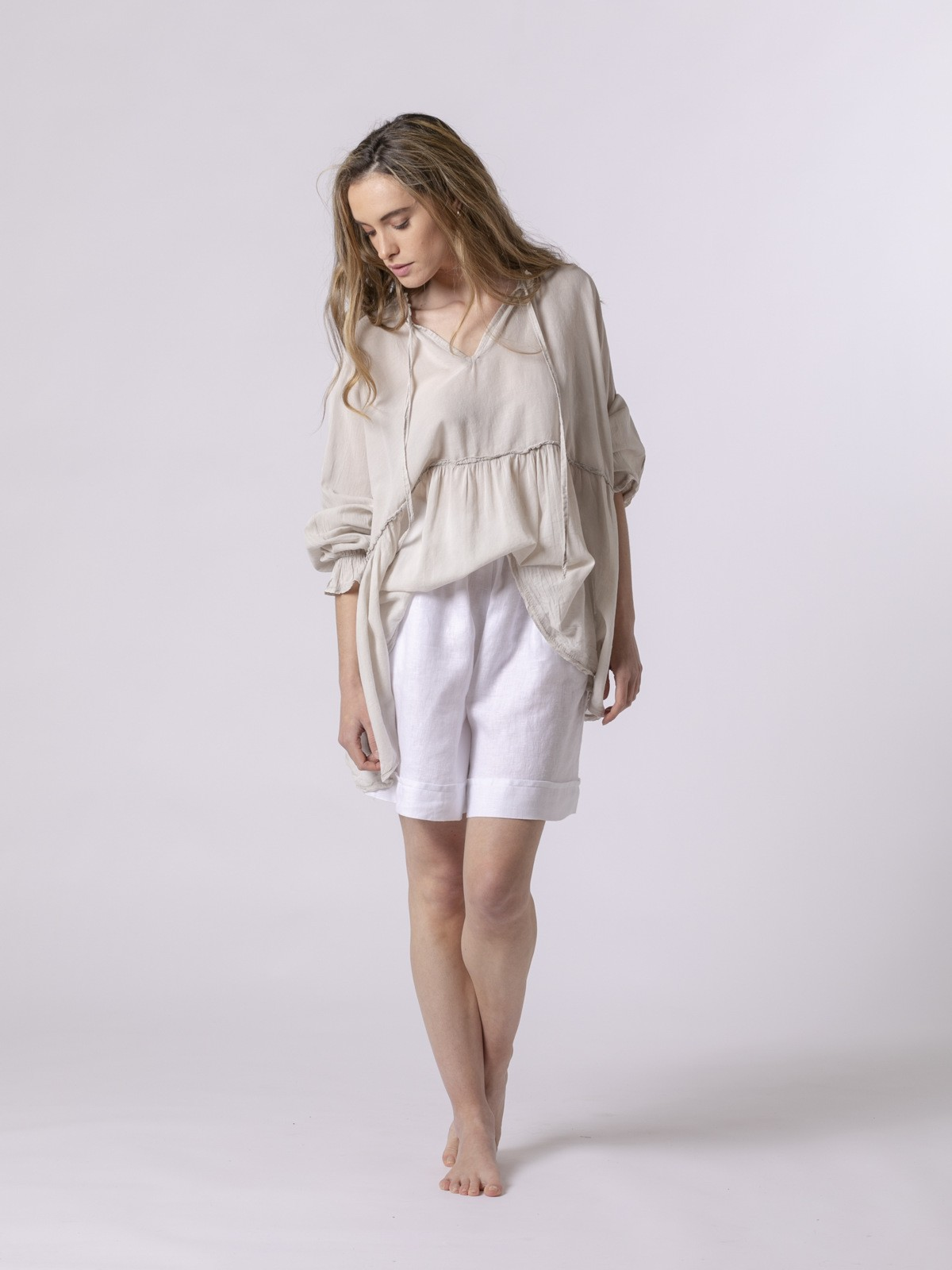 Woman Woman Smooth flowing shirt Beige