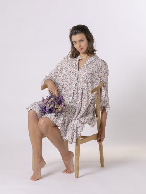 Woman Flowy flower print dress Lila