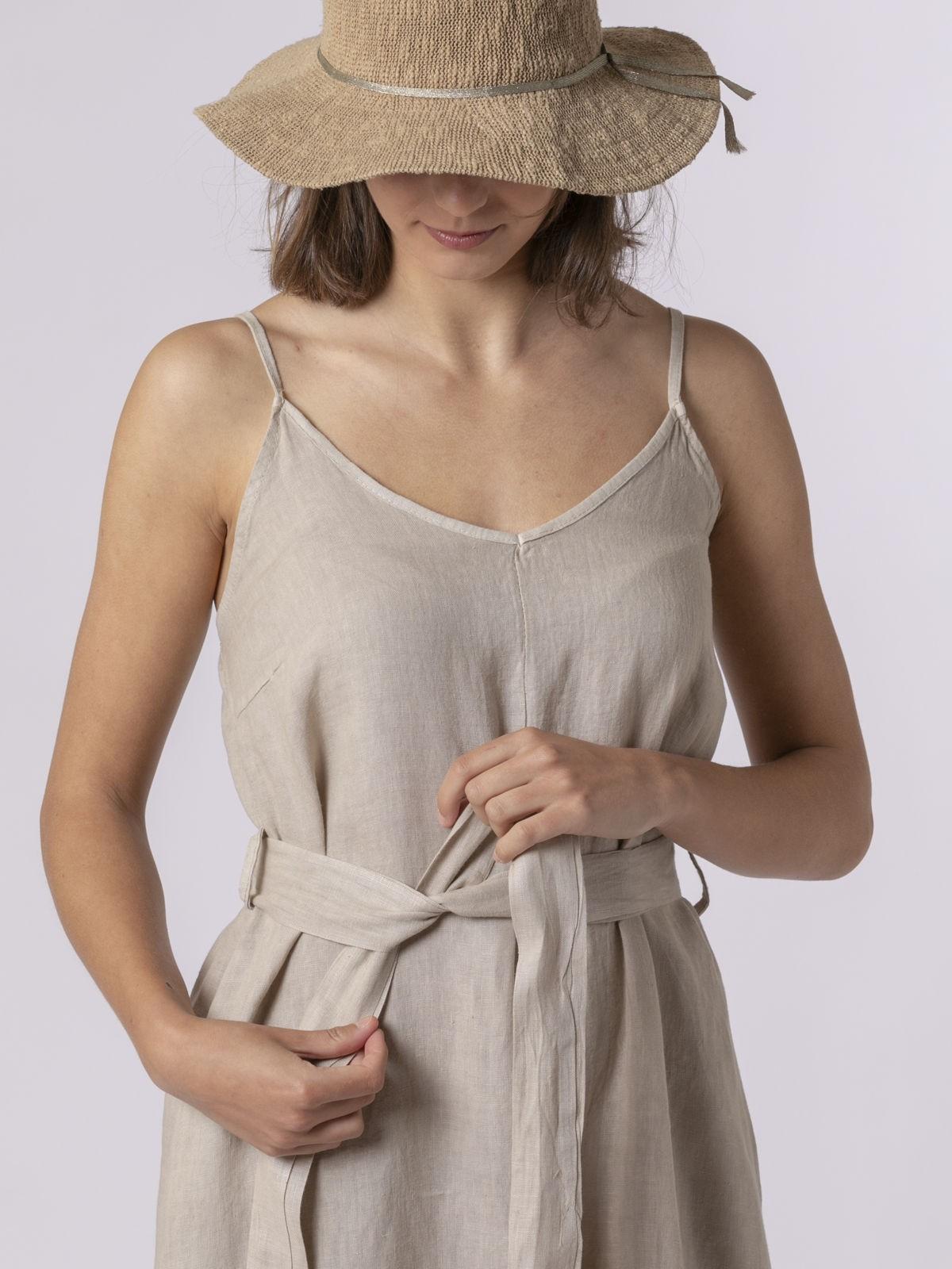 Vestido lino de tirantes con cinturón Beige