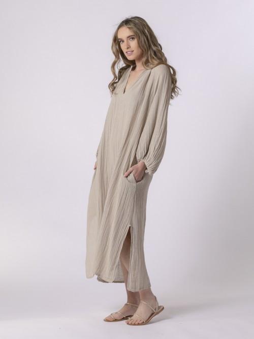 Vestido oversize confort Beige
