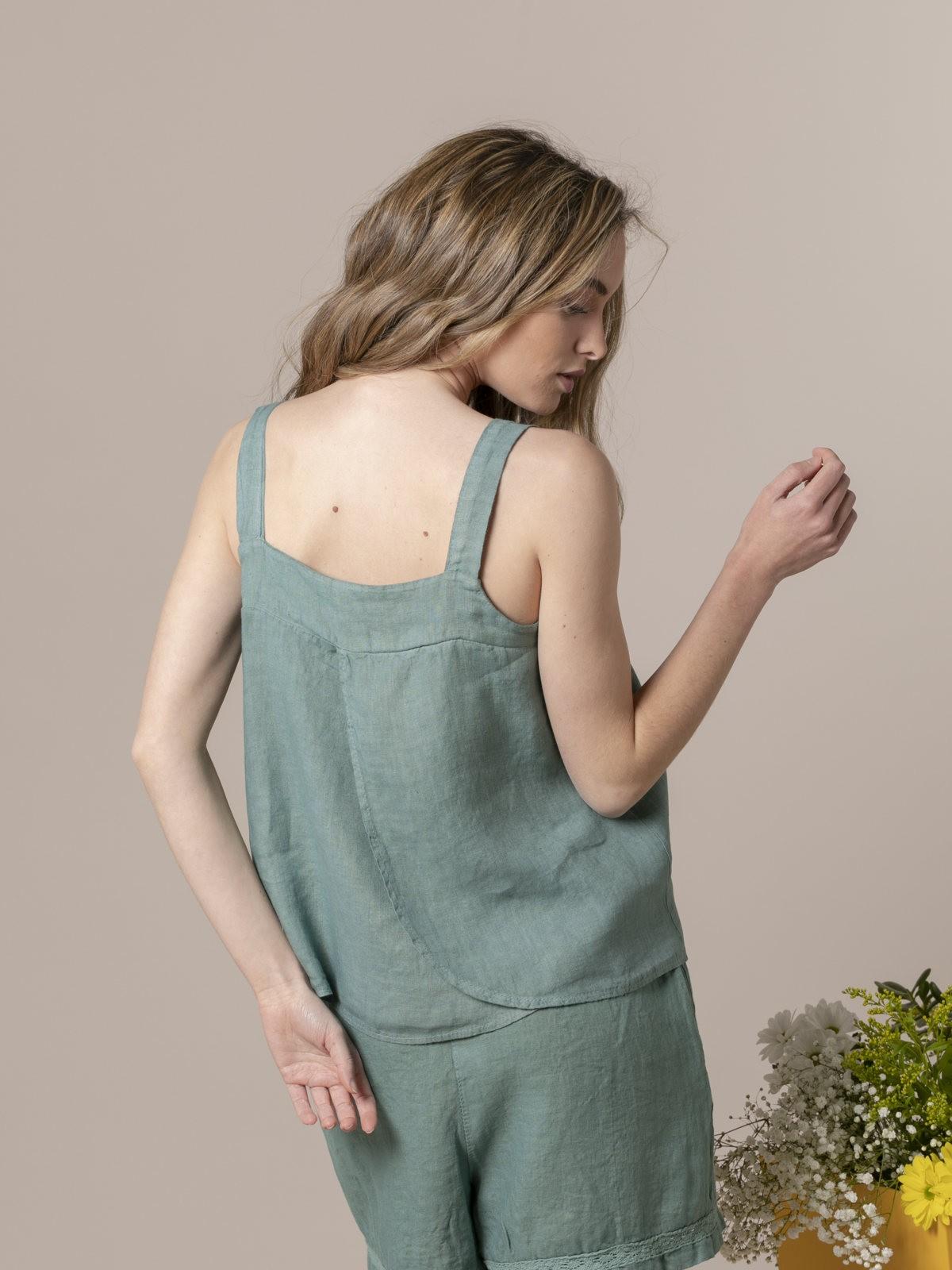 Top de lino mujer detalle espalda Verde
