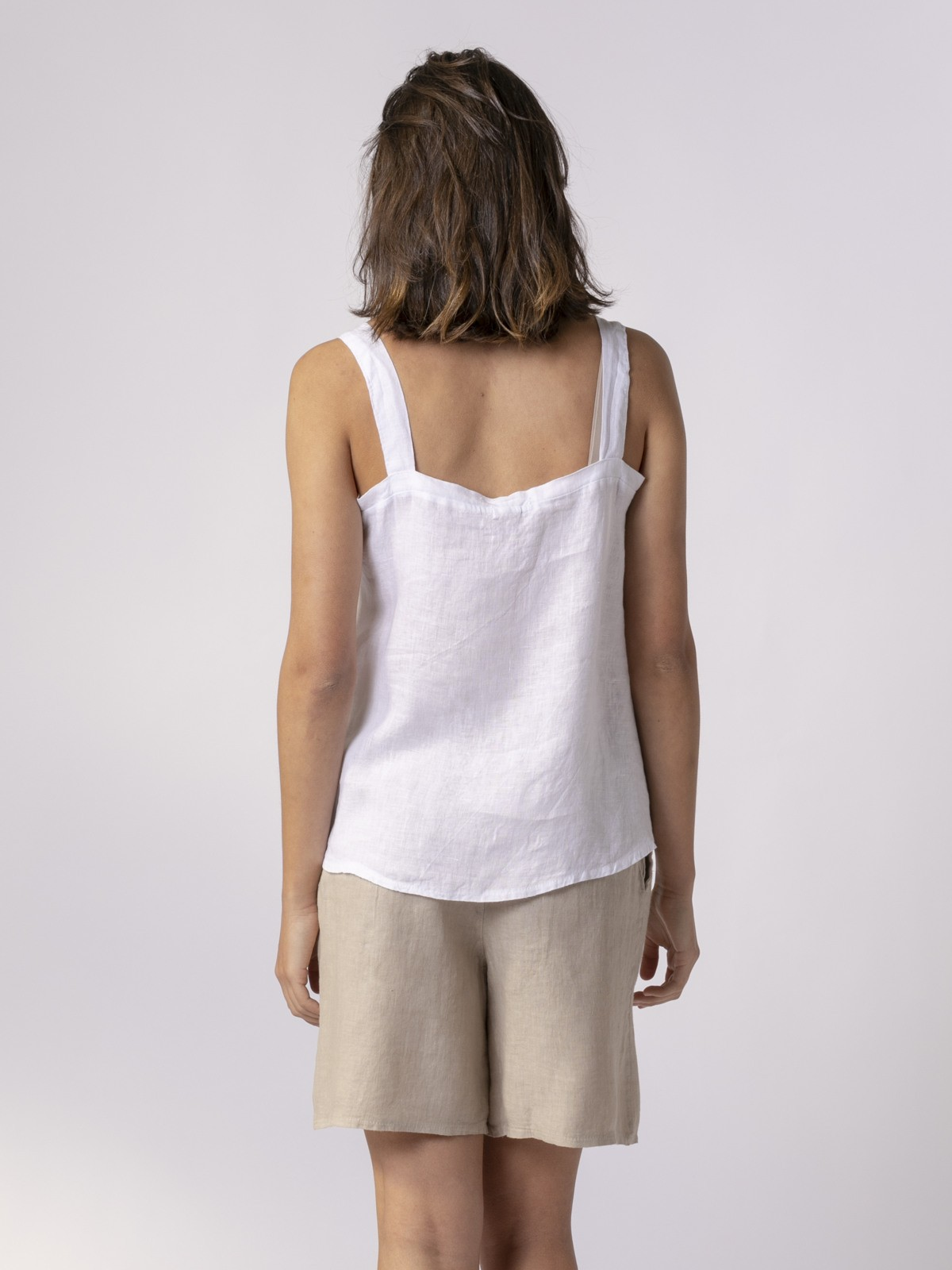 Woman Woman Linen top with back detail White