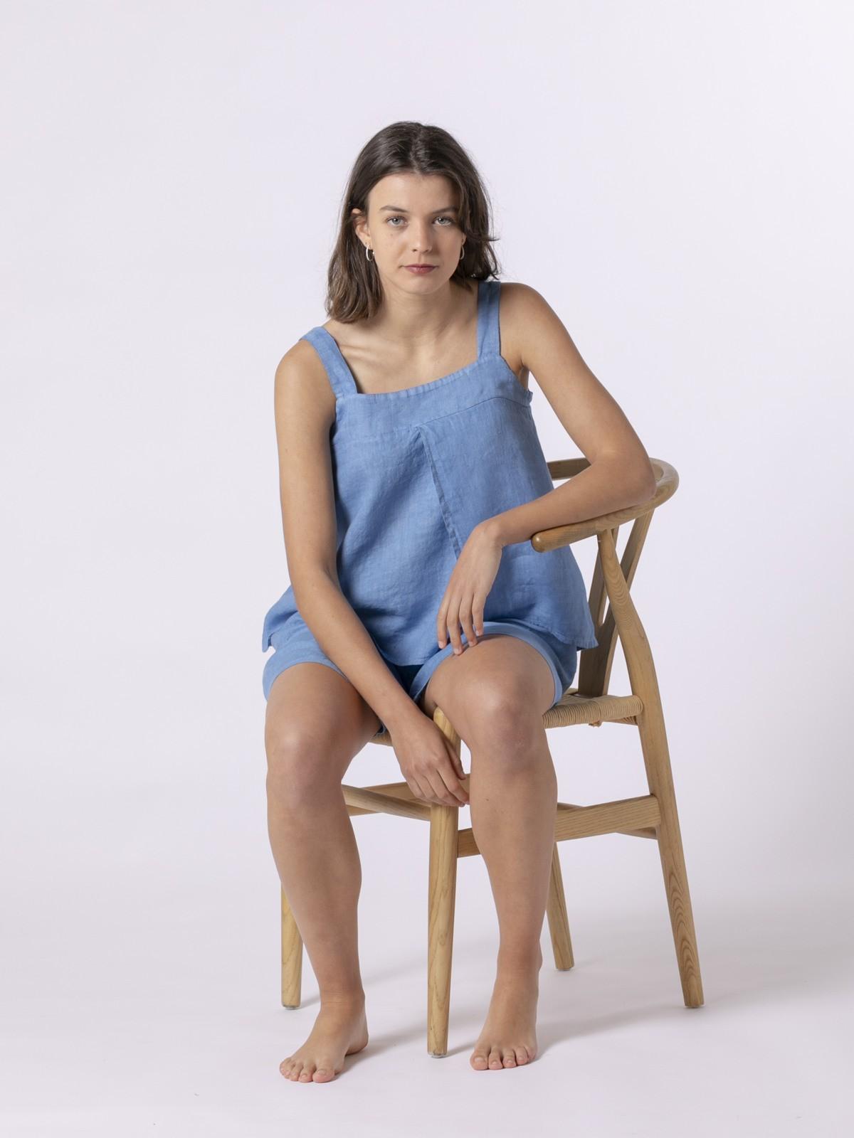 Top de lino mujer detalle espalda Azul