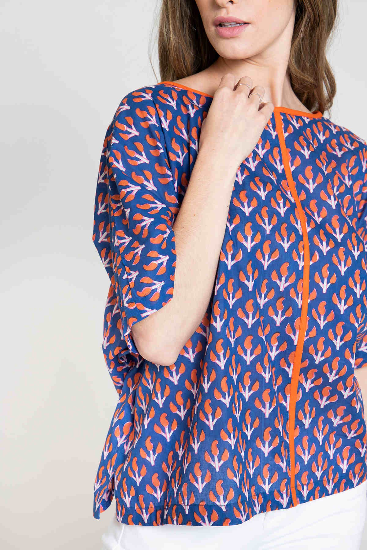 Woman Woman Oversized printed blouse Blue Navy