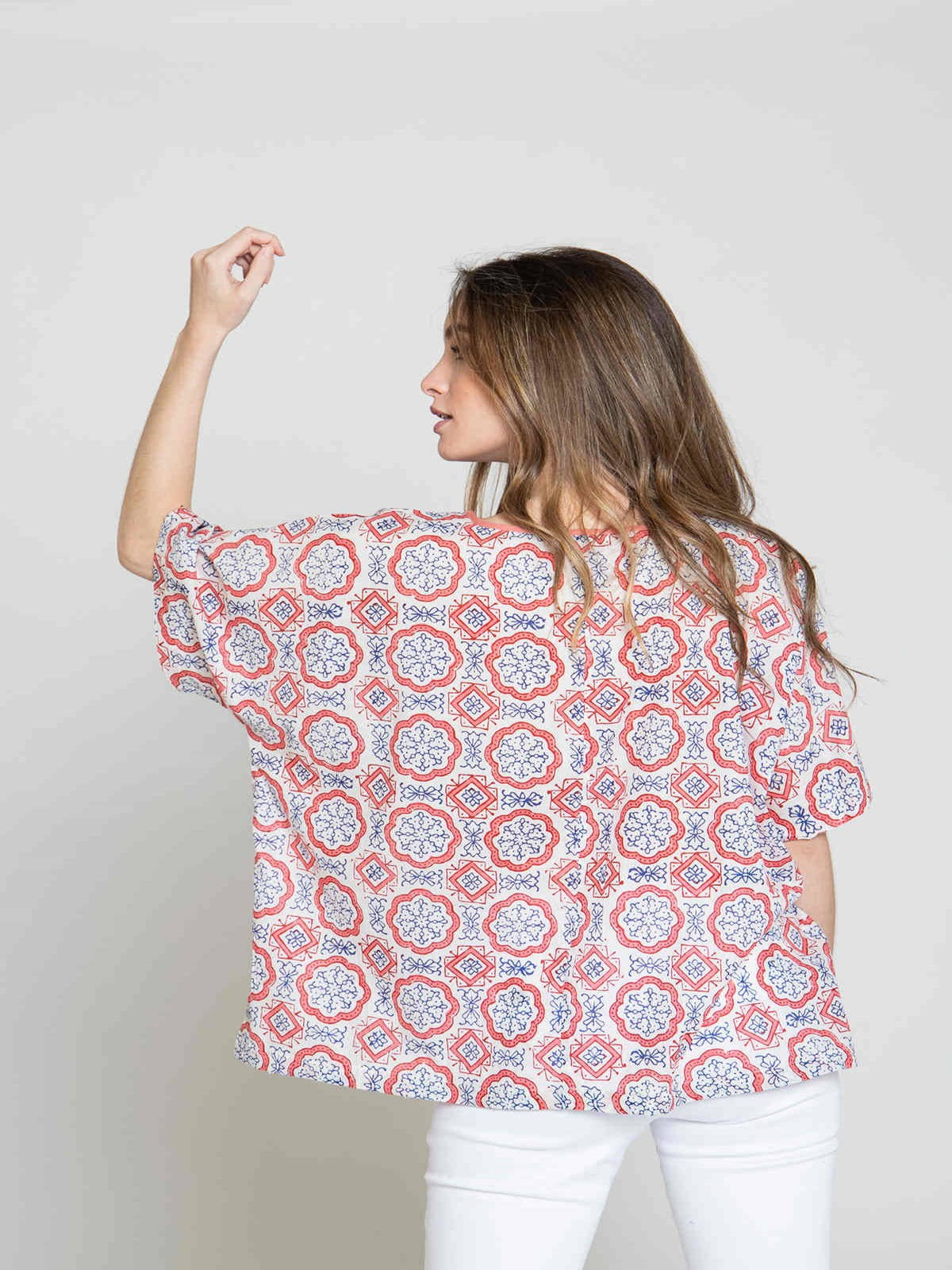 Blusa mujer oversize estampada Coral