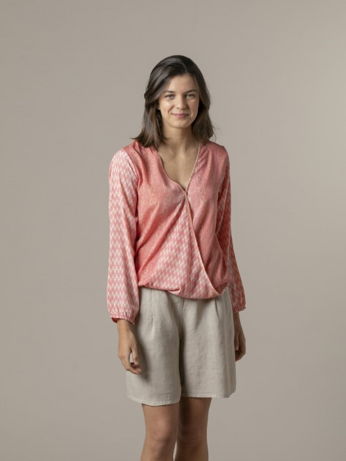 Woman Flowy printed blouse Pinks