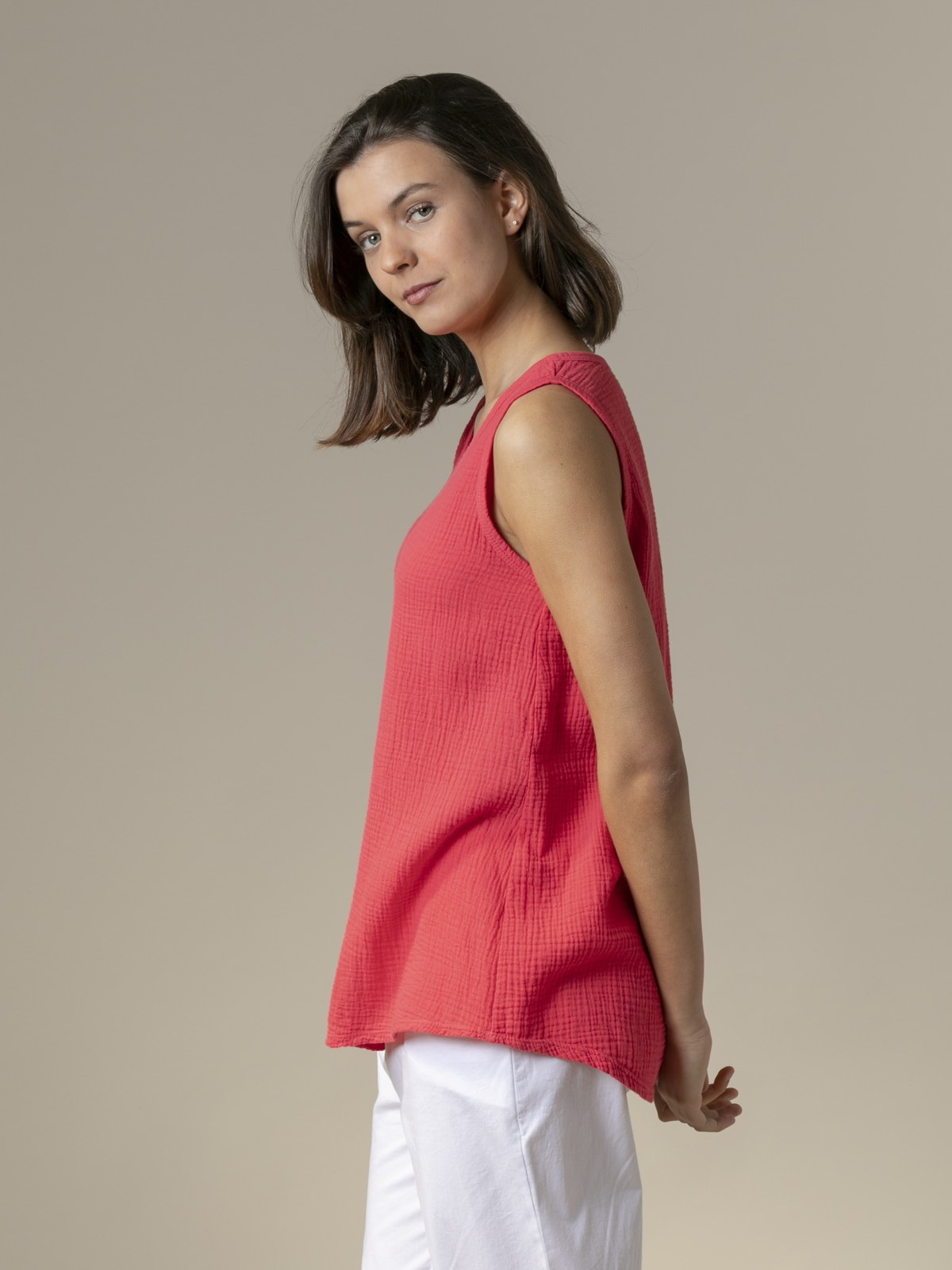Woman Woman Crinkled cotton top Strawberry
