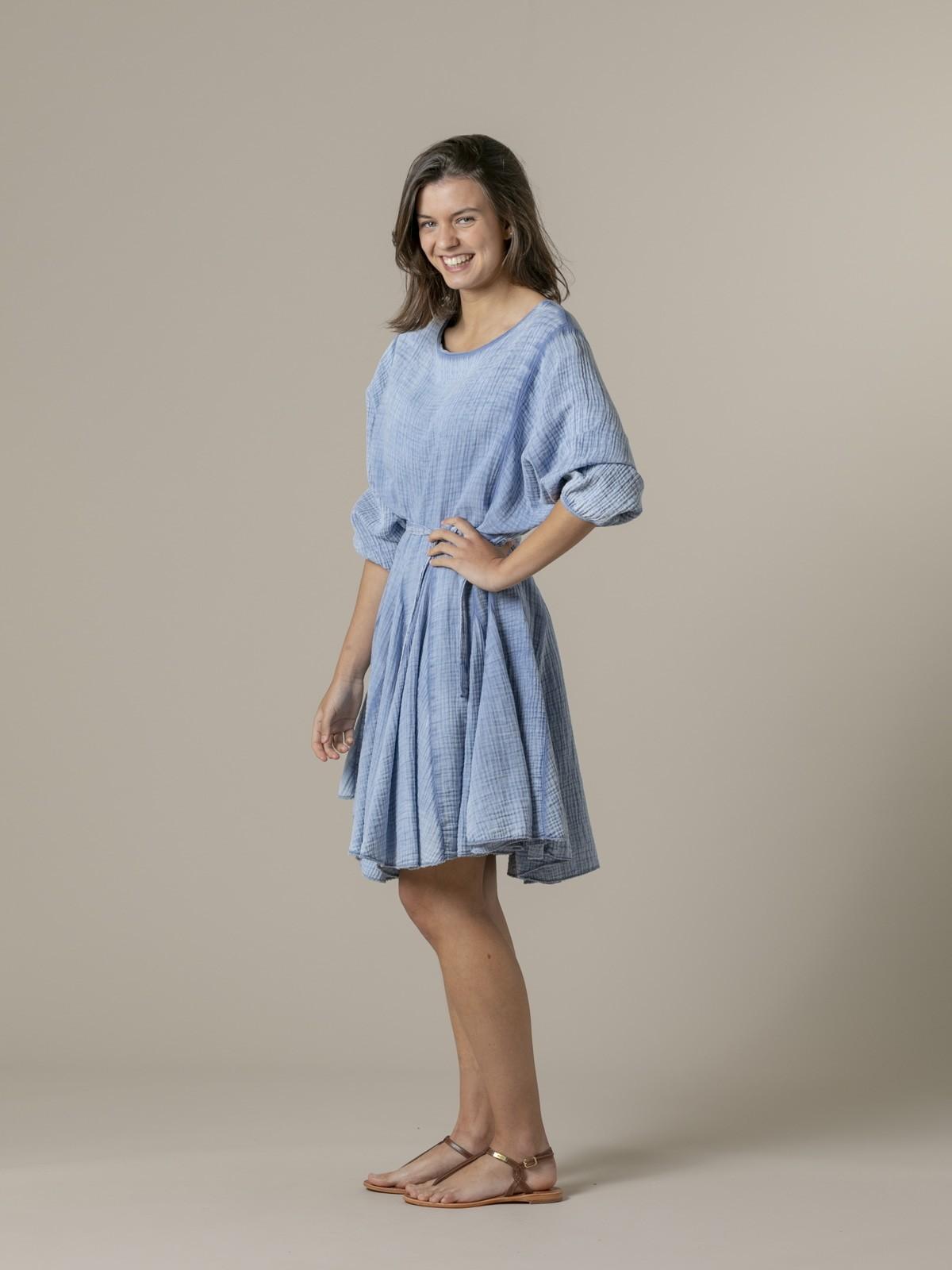 Vestido algodón arrugado tinte eco Azul
