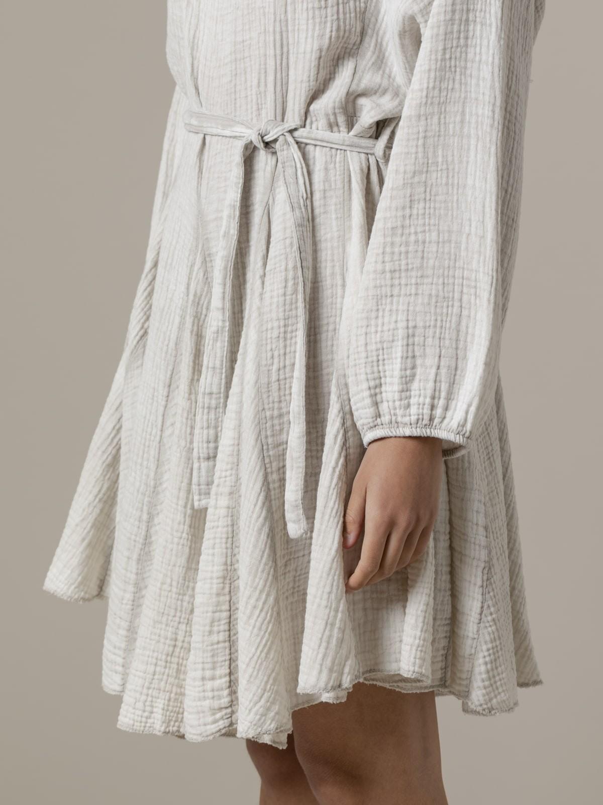 Woman Woman Wrinkled cotton dress eco dye Beige