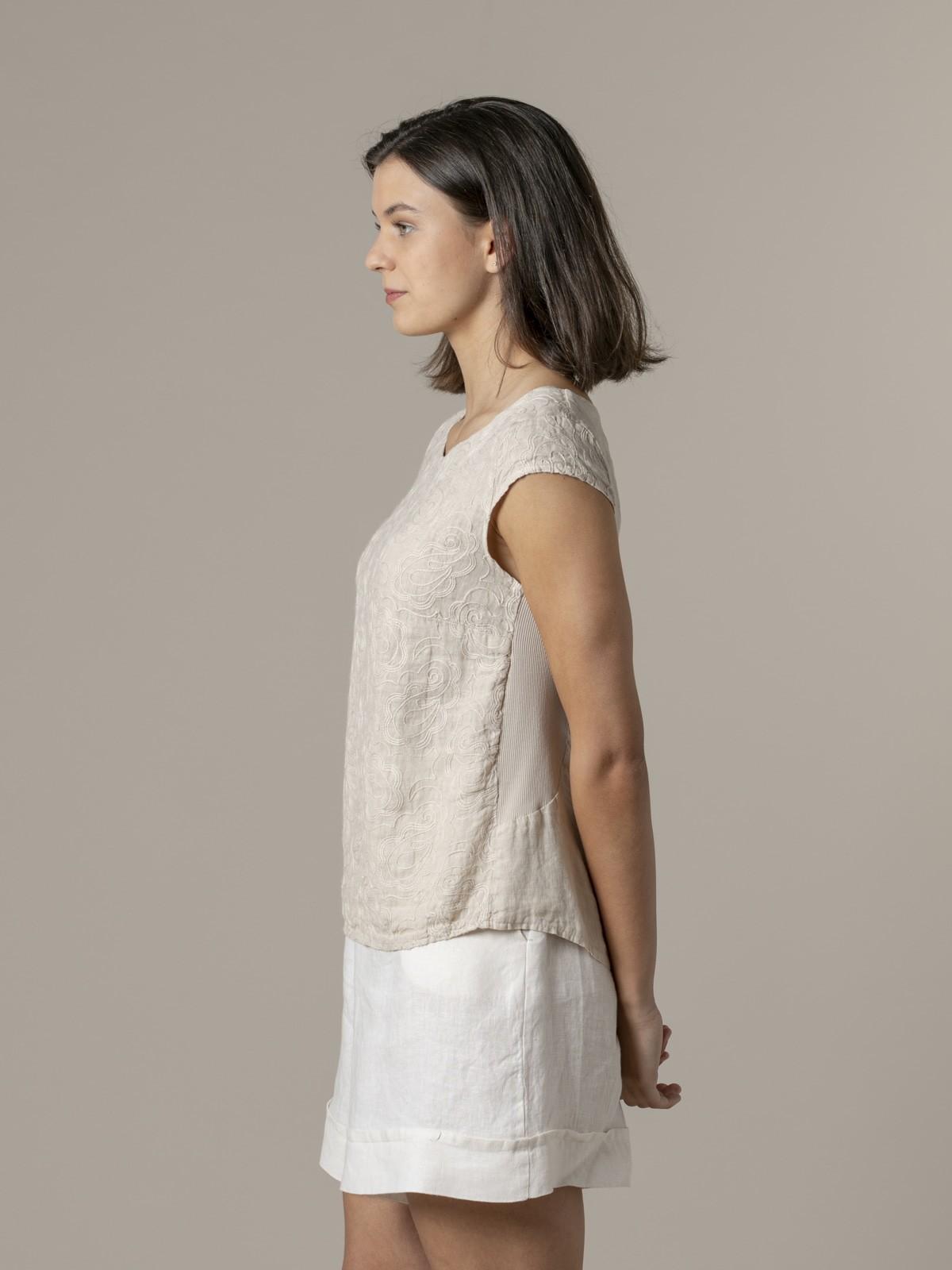 Camisa lino mujer bordada sin mangas Beige