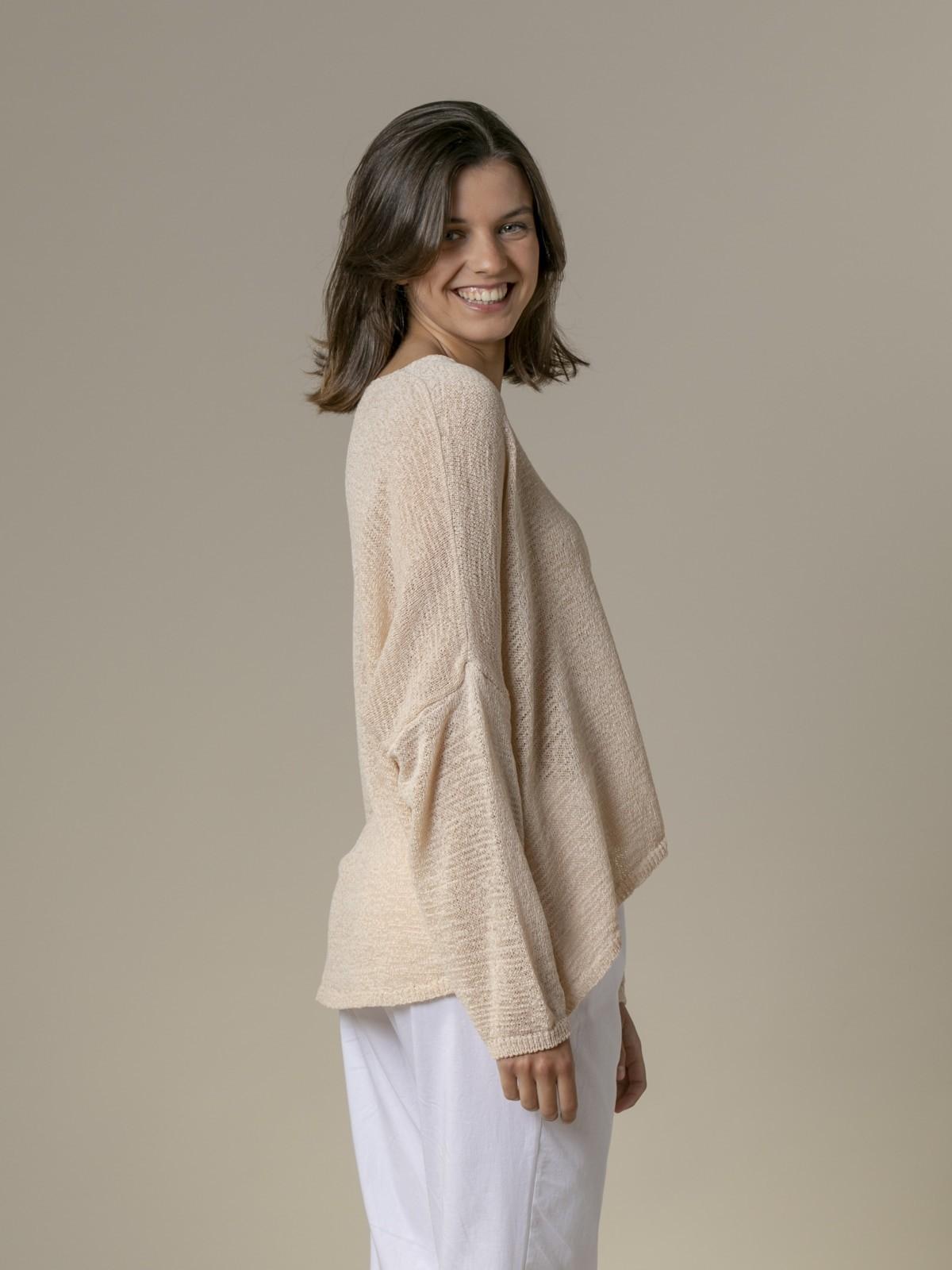 Woman Woman Lightweight ribbon knit sweater Beige