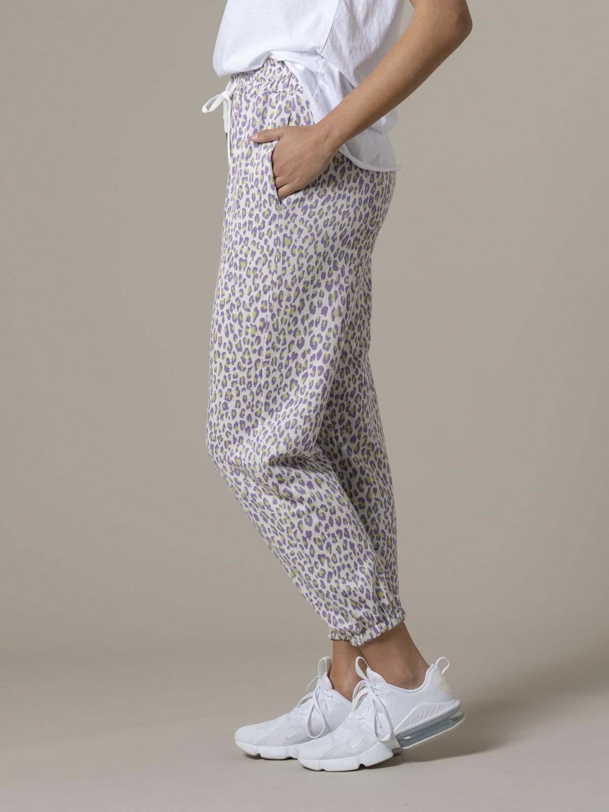 Woman Woman Leopard sport trousers Lila