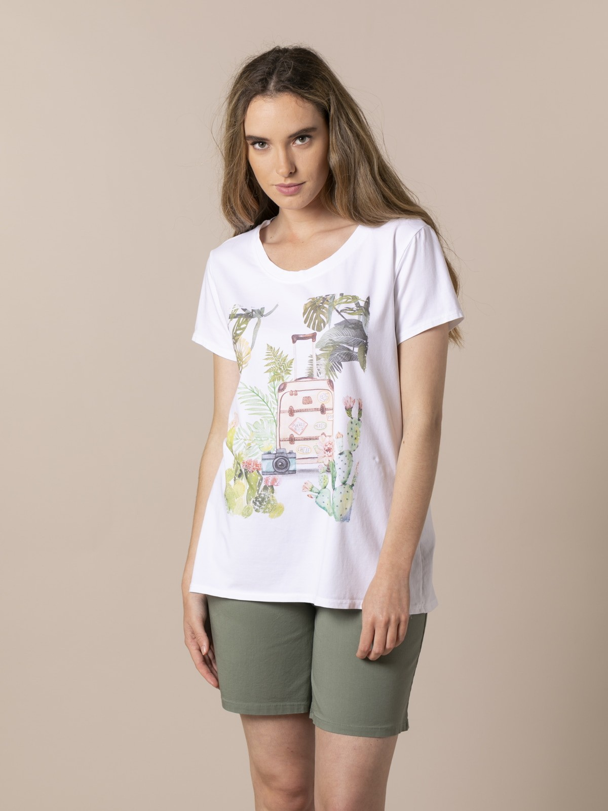 Woman Travel suitcase t-shirt Green