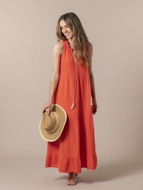 Vestido largo fluido cuello harlter Naranja