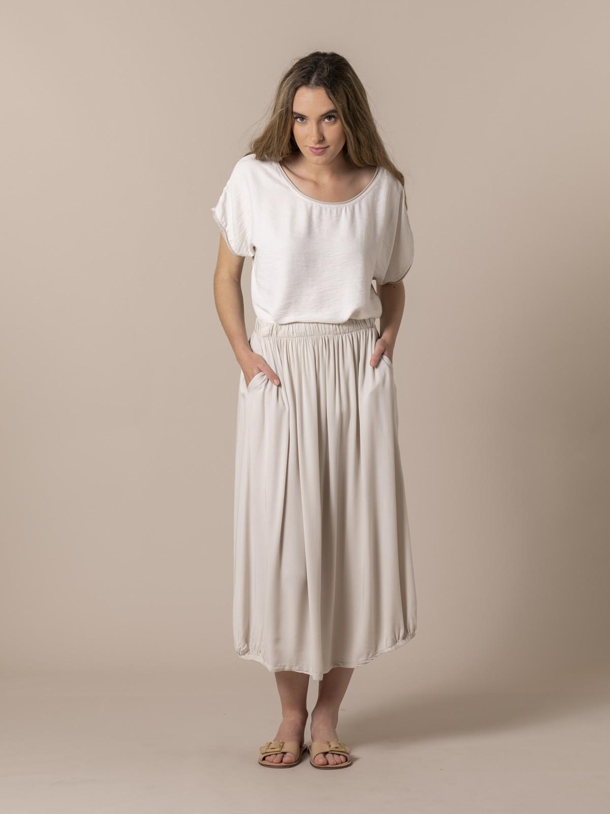 Falda fluida cintura elástica Beige