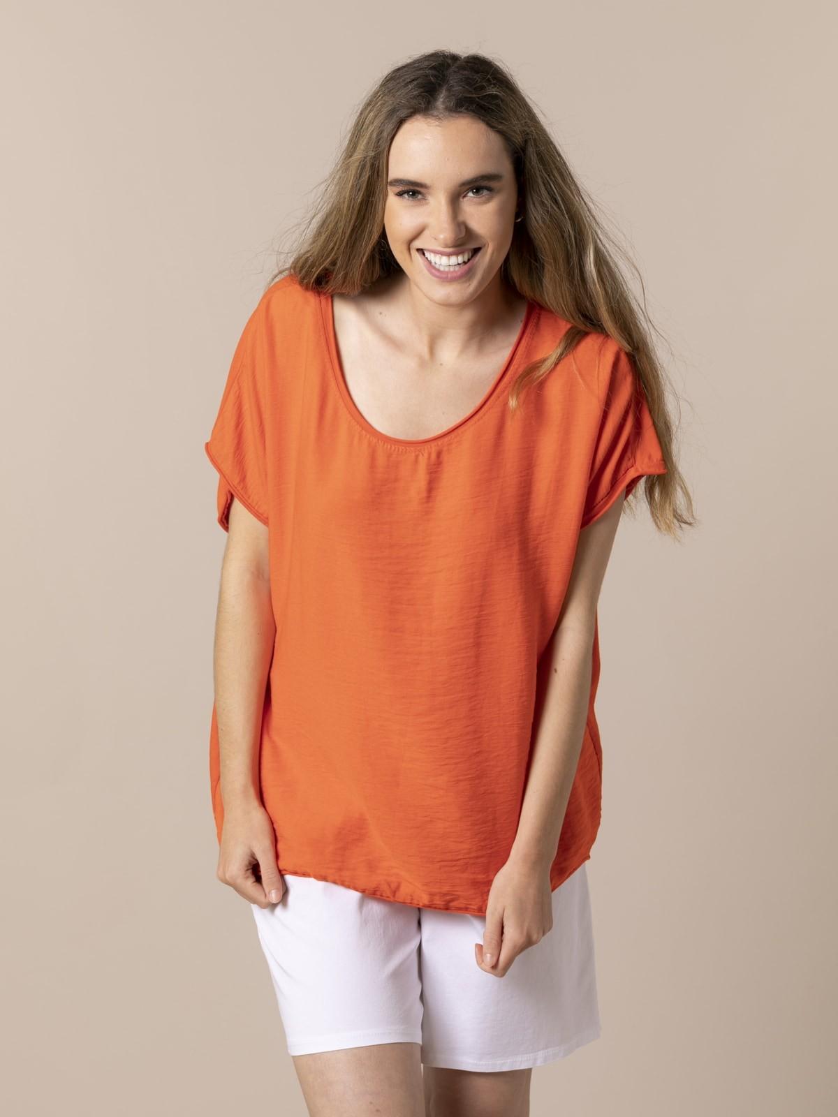 Woman Oversize wrinkled T-shirt Orange