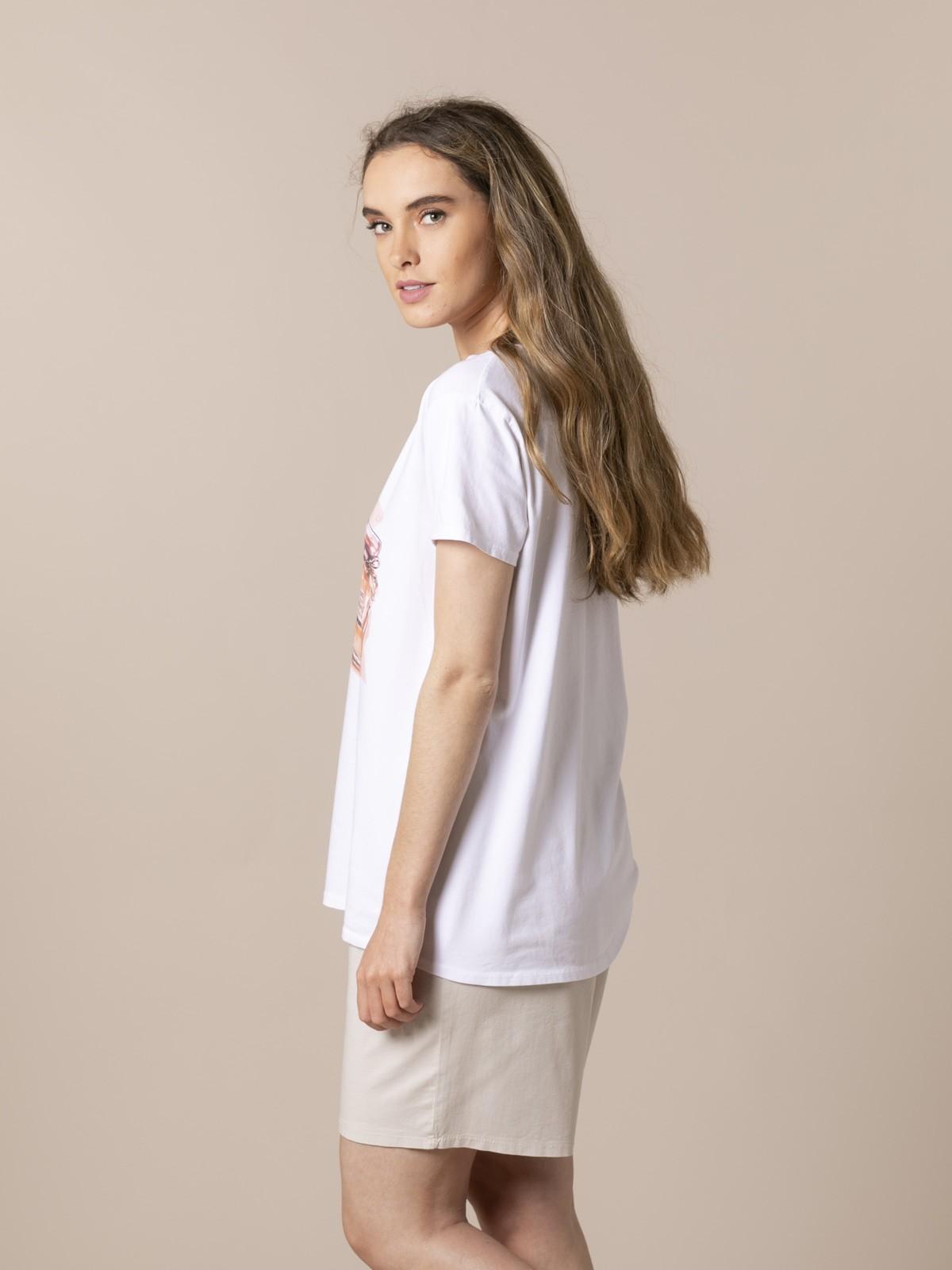 Woman Perfume print T-shirt Coral