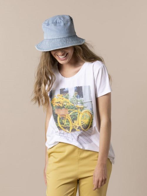 Woman Bike T-shirt Amarillo