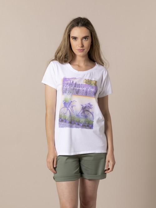 Woman Bicycle t-shirt Lila
