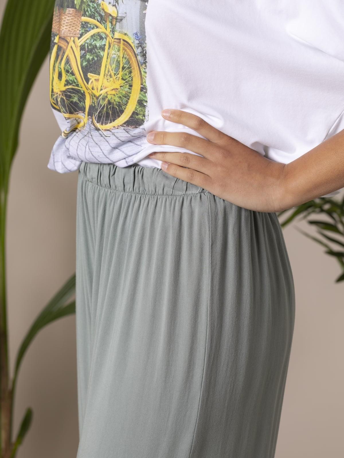 Woman Woman Flowy trousers with elastic waist Khaki