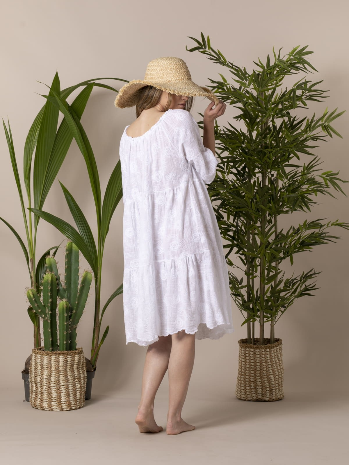 Woman Embroidered cotton linen dress White